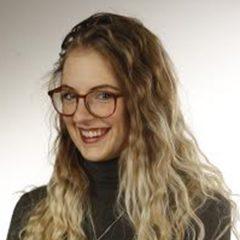 Sarah Hanlon's Bio Image