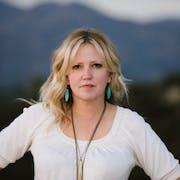 Hannah Levin's Bio Image