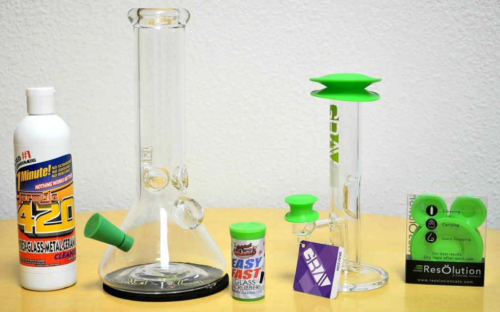 How to Clean a Bong, Bubbler or Water Pipe