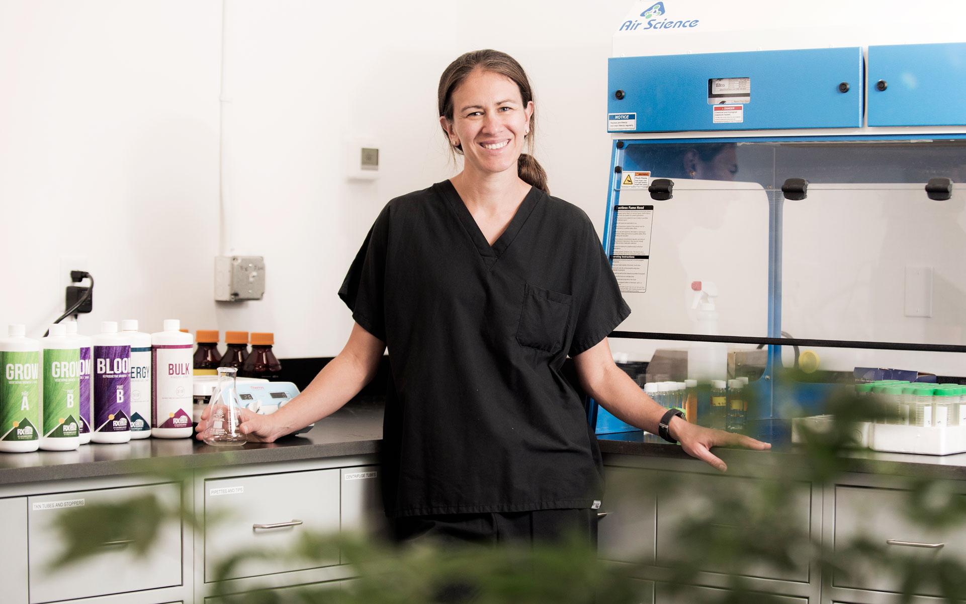 Stephanie Wedryk, PhD, in the lab