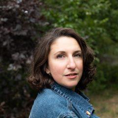 Carly Fisher's Bio Image