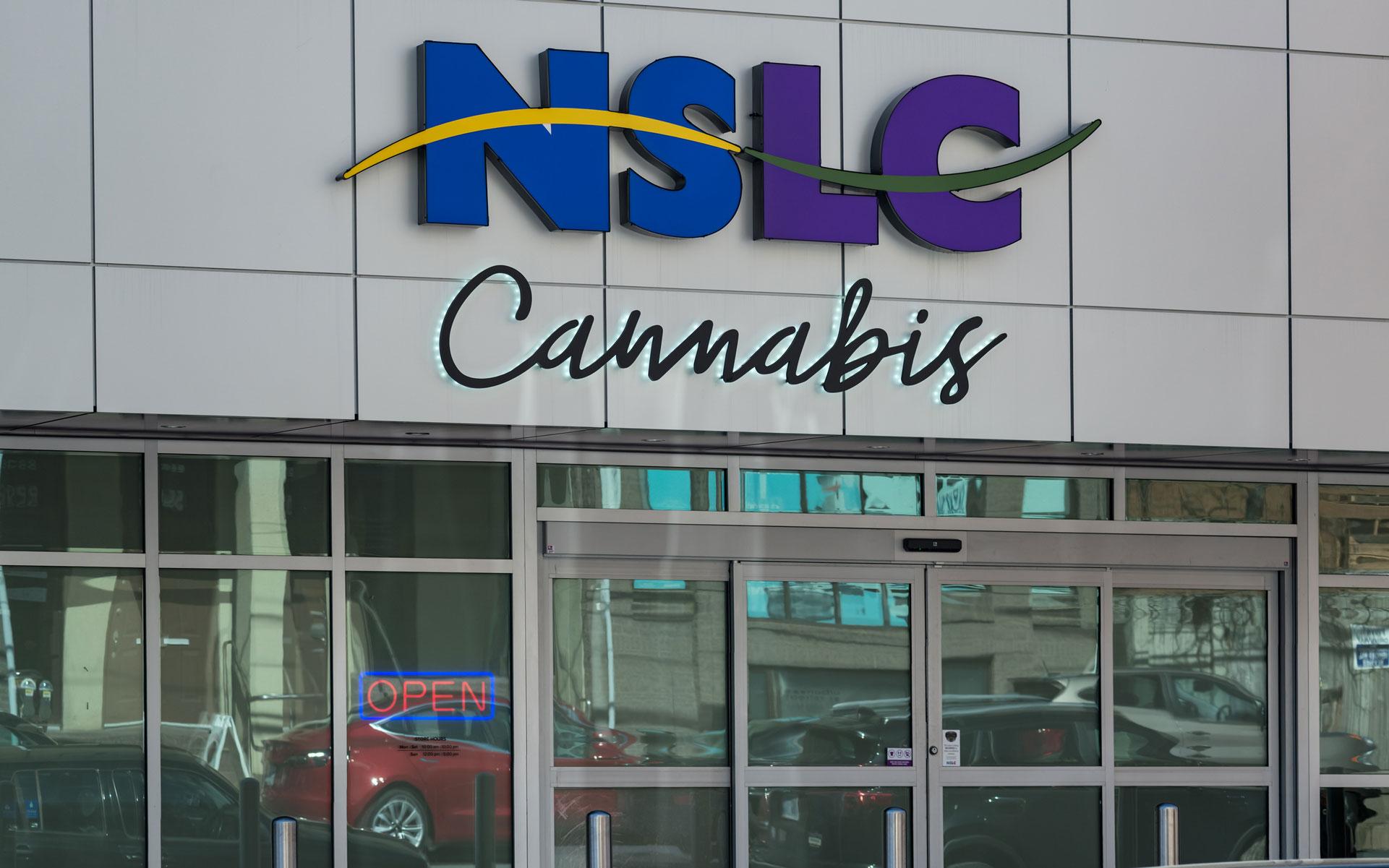 nova scotia cannabis store