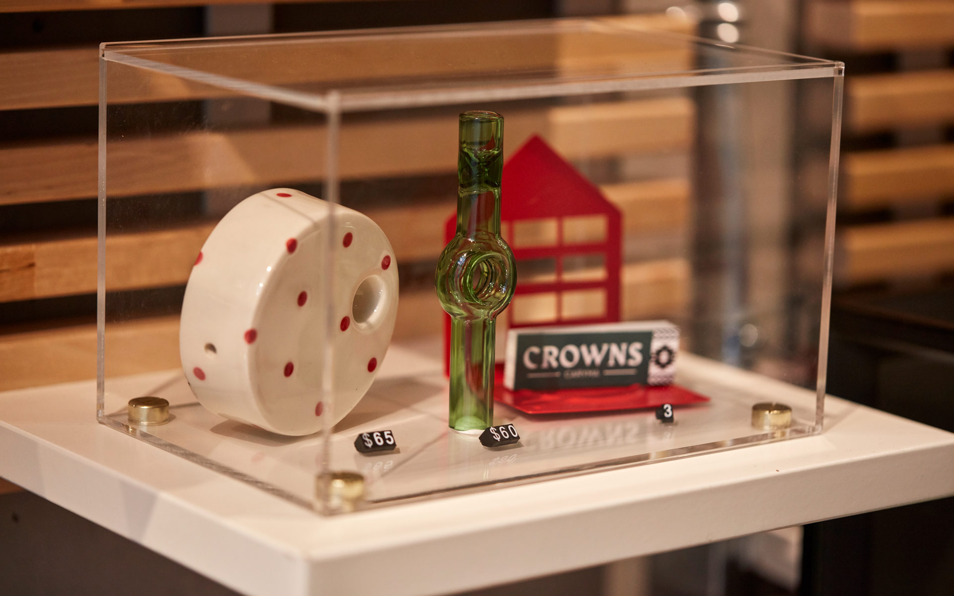 Village Bloomery, Vancouver, papers, pipes