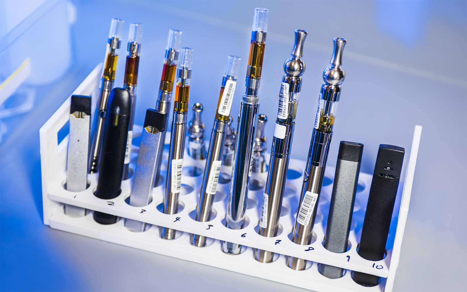 vape lung injury, dangers of vaping cannabis, marijuana vaping illness