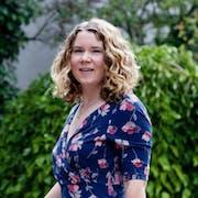 Ellen Holland's Bio Image